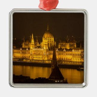 夜までにハンガリーの議会ブダペスト メタルオーナメント