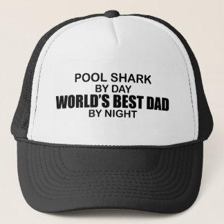 夜までにプールの鮫の世界で最も最高のなパパ キャップ