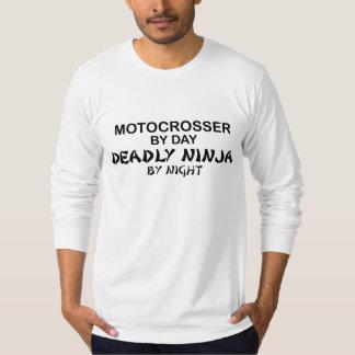 夜までにMotocrosserの致命的な忍者 Tシャツ