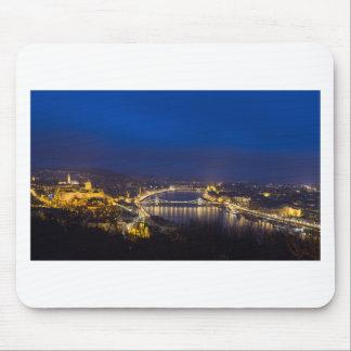 夜パノラマのハンガリーブダペスト マウスパッド