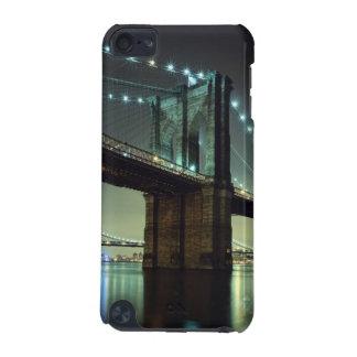 夜マンハッタン橋のブルックリン橋 iPod TOUCH 5G ケース