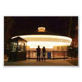 夜写真のプリントの回転木馬 フォトプリント