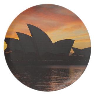 夜明けにシドニー・オペラハウス、シドニーの新しい南 プレート