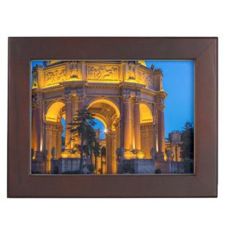 夜明けにファインアートの宮殿 ジュエリーボックス