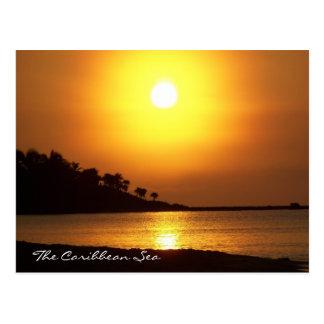 夜明けにリビエラのマヤのメキシコのカリブ海 ポストカード
