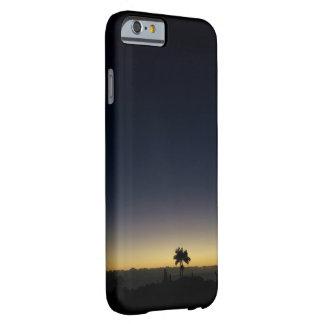 夜明けの前のハワイ BARELY THERE iPhone 6 ケース