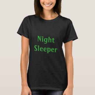 夜眠る人 Tシャツ