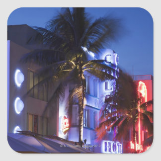 夜、海ドライブ、南マイアミBeacのネオンホテル スクエアシール