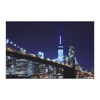 夜、Neのブルックリン橋そしてマンハッタンスカイライン キャンバスプリント