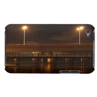 夜ipod touchの穹窖の箱の橋 Case-Mate iPod touch ケース