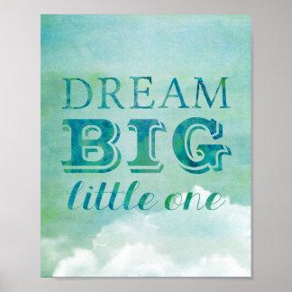 夢の大きく小さい1つのポスターベビーの子供部屋の空の雲 ポスター