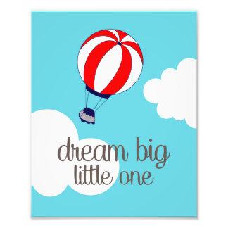 夢の大きく小さい1つの熱気の気球の写真のプリント フォトプリント