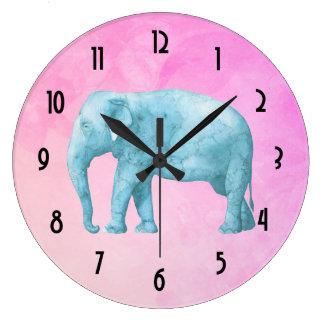 夢みるようなピンクの水彩画の淡いブルーの象 ラージ壁時計