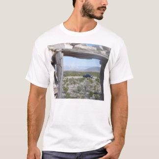 大きいくねりの写真鉱山12月2004日005日のMariscal Tシャツ