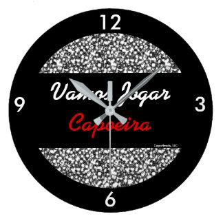 大きい円形のVamos JogarのCapoeira王室のな苦痛の時計 ラージ壁時計