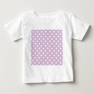 大きい水玉模様-薄紫で淡いピンク ベビーTシャツ