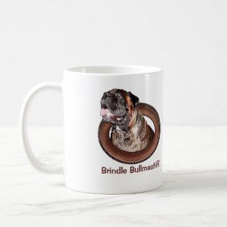大きい犬が付いているBrindle Bullmastiffのギフトのコーヒー・マグ コーヒーマグカップ