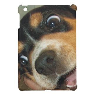 大きい目のビーグル犬の子犬 iPad MINIケース