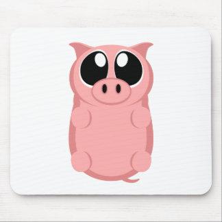 大きい目を持つピンクのブタ! マウスパッド