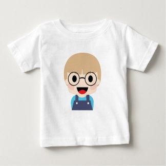 大きい目を持つ天才子供 ベビーTシャツ