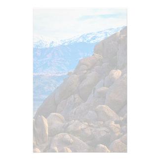 大きい石および山 便箋