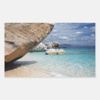 大きい石の長方形のステッカーが付いているサルジニアのビーチ 長方形シール