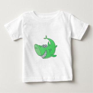 大きい緑の漫画の鮫 ベビーTシャツ