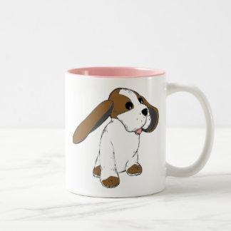 大きい耳付つきのバセット犬犬 ツートーンマグカップ