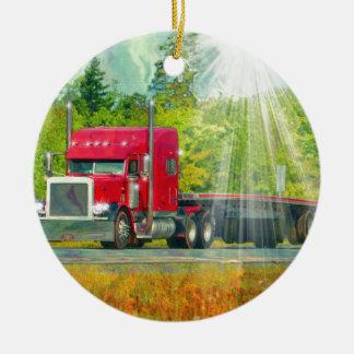 大きい装備の赤いトラックの重い輸送車 セラミックオーナメント