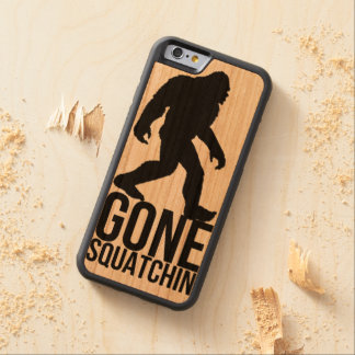 大きい足によって行くsquatchin CarvedチェリーiPhone 6バンパーケース