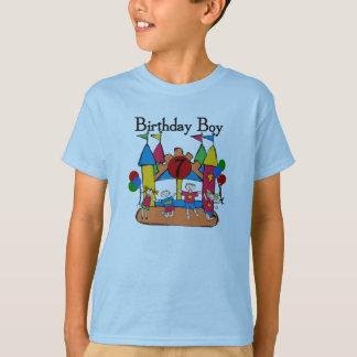 大きい跳ね上がりの男の子の第7誕生日のTシャツおよびギフト Tシャツ