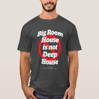 大きい部屋の家は深くない家ではないです Tシャツ