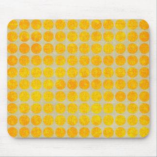大きい金ゴールドの点の黄色の汚い水玉模様のプリント マウスパッド