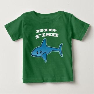 大きい魚-赤ん坊の素晴らしいジャージーのTシャツ ベビーTシャツ