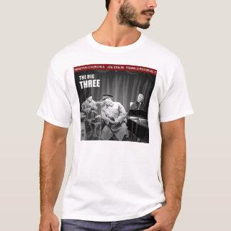 大きい3: 世界大戦2 Tシャツ