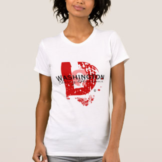 大きいD (赤2x) Tシャツ