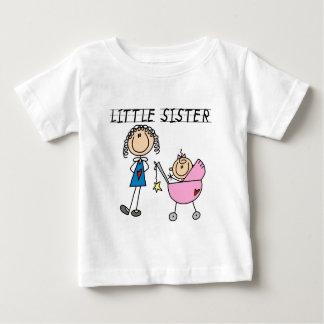 大きいSisのTシャツを持つ妹 ベビーTシャツ