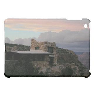 大きくうねっているグランドキャニオンの日没の雲 iPad MINI CASE
