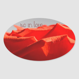 大きくロマンチックな赤いバラのステッカー 楕円形シール