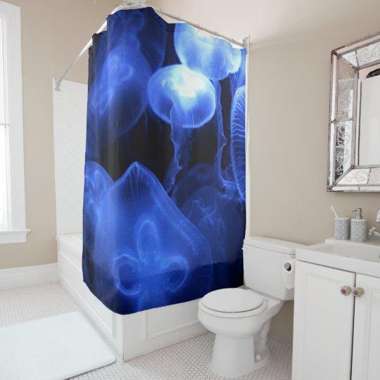 大きく明るいくらげ シャワーカーテン