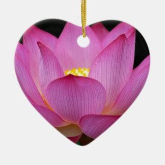 大きく暗いピンクのはすの花photo.jpg セラミックオーナメント