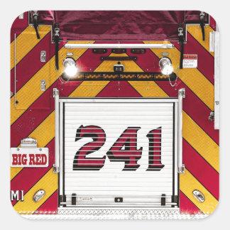 大きく赤い普通消防車 スクエアシール