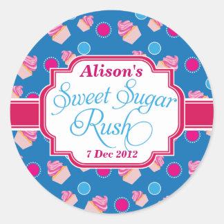 大きく青く甘い砂糖の突進のかわいいカップケーキのステッカー ラウンドシール