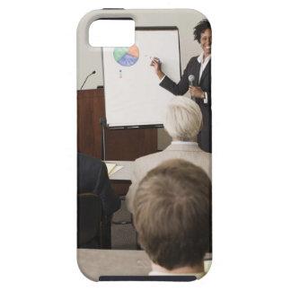 大人にクラスを教えている女性 iPhone SE/5/5s ケース
