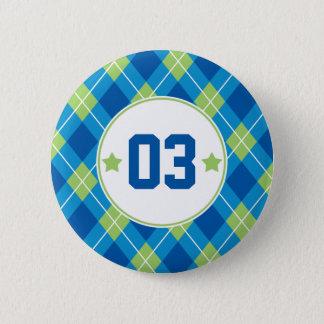 大学のスタイルの青及び緑のアーガイル柄のな名前入り 5.7CM 丸型バッジ
