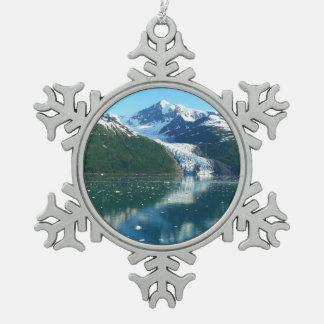 大学フィヨルドI景色のアラスカのクルージング スノーフレークピューターオーナメント