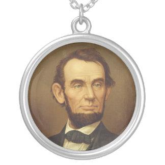 大統領のエイブラハム・リンカーンポートレート シルバープレートネックレス