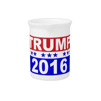 大統領2016の赤い白くのためのドナルド・トランプおよび青 ピッチャー