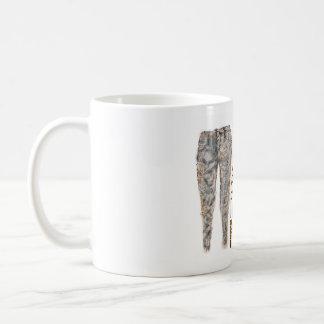 大蛇のプリントのズボン コーヒーマグカップ