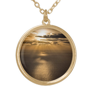 大西洋の上の日の出 ゴールドプレートネックレス